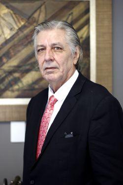 Oscar J. Hildebrand (In Memoriam)